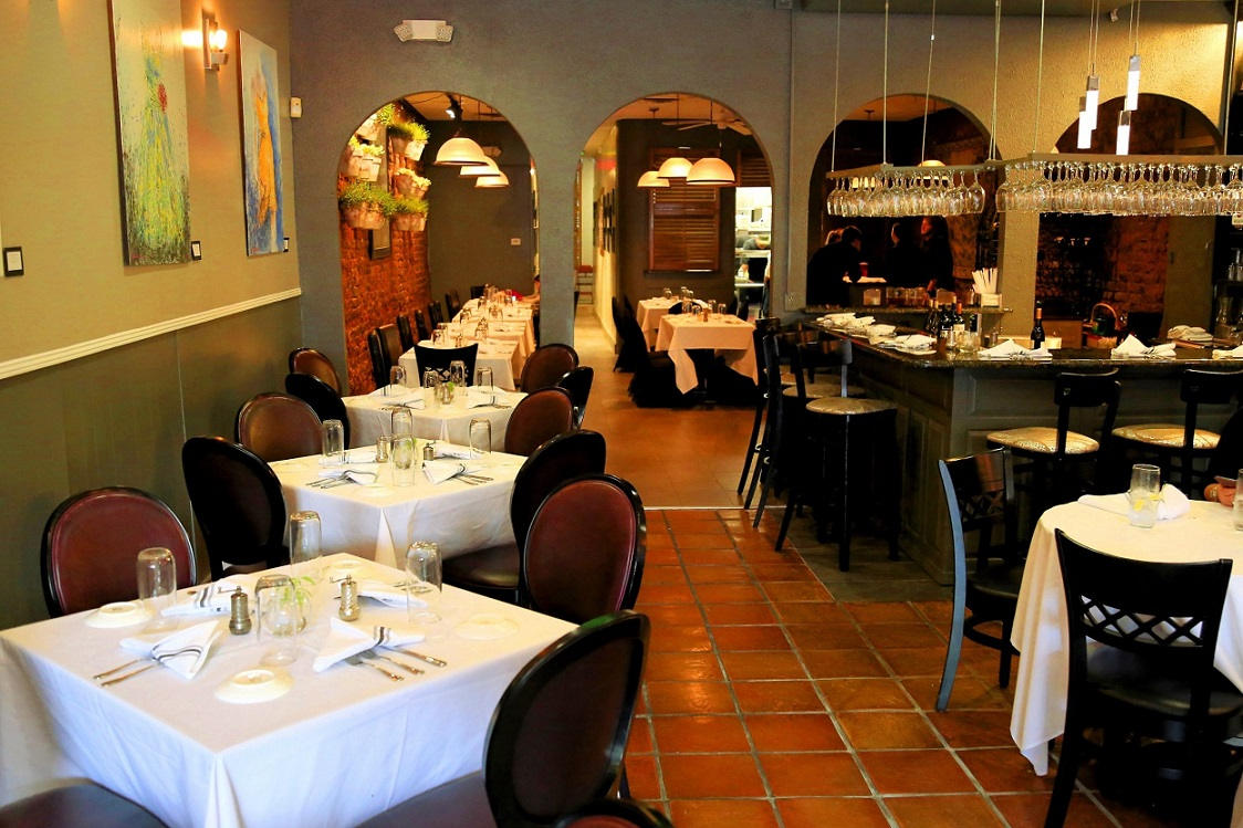 Interior of Cyra's restaurant in downtown Dalton GA, rated top best restaurant near me